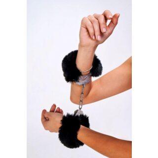 Дерзкие наручники с пушистым черным мехом Be Mine, OC