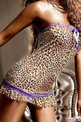 Платье-труба с кружевом