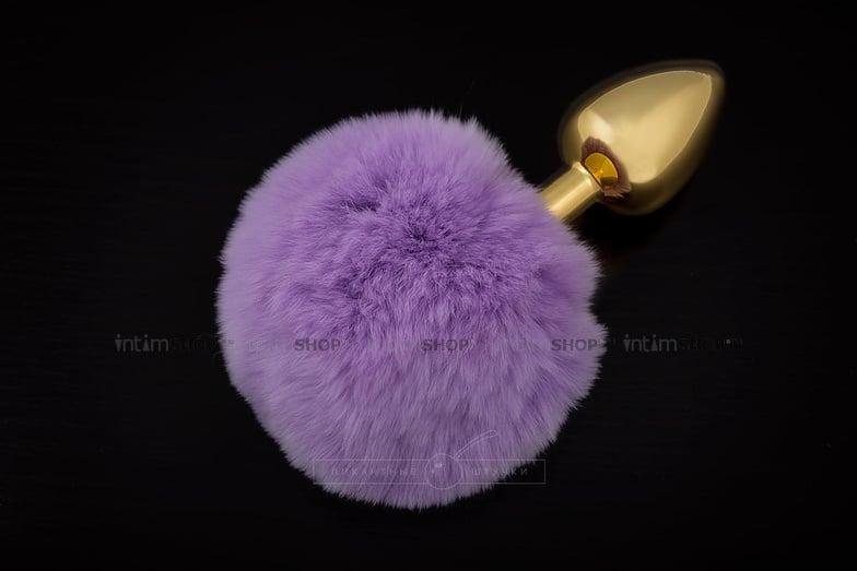 Анальная пробка Пикантные Штучки с фиолетовым пушистым хвостом, золотистая, 6 см фото