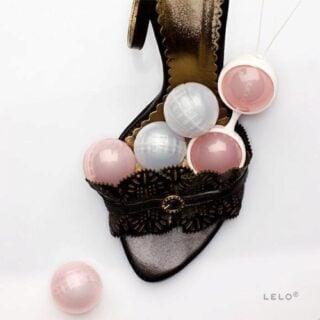 Вагинальные шарики на сцепке Lelo Luna Beads